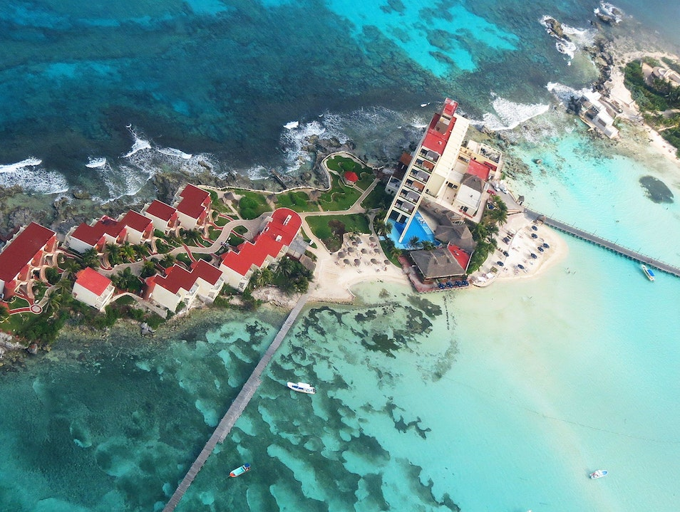 Buzzing Mexico's Caribbean in a Charter Plane