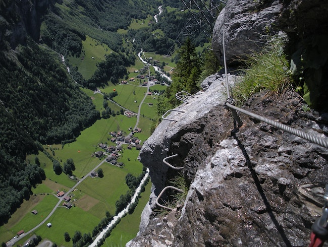 Cliffside adventure hike in Switzerland!