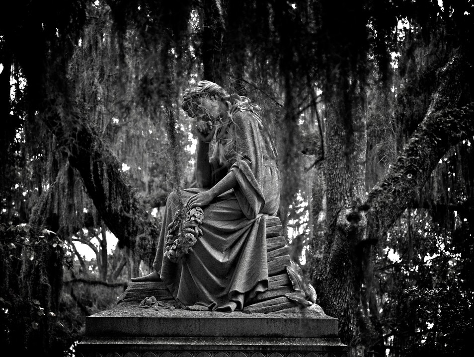 Most Beautiful Cemetery Thunderbolt Georgia United States