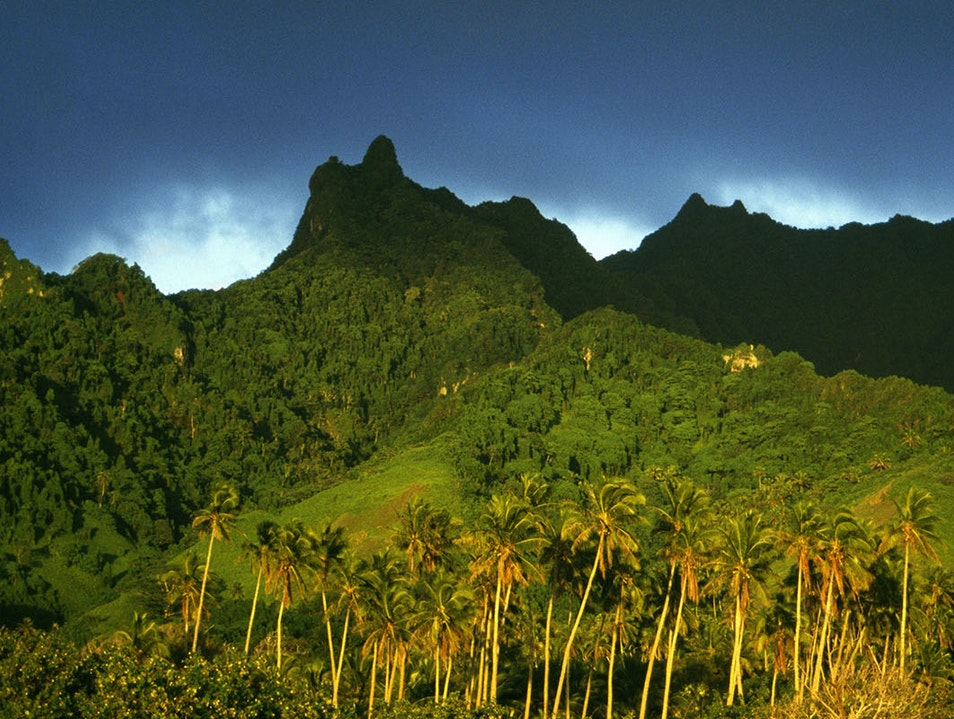 Trekking with Pa Avarua District  Cook Islands