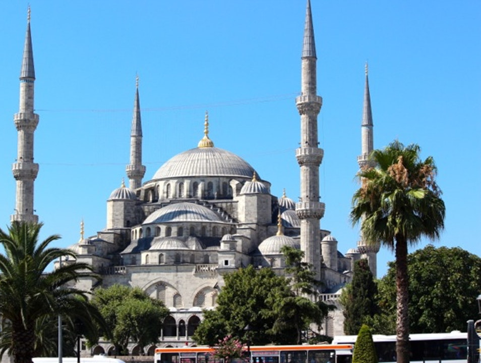The Old City – Blue Mosque (Sultan Ahmet Camii) Istanbul  Turkey