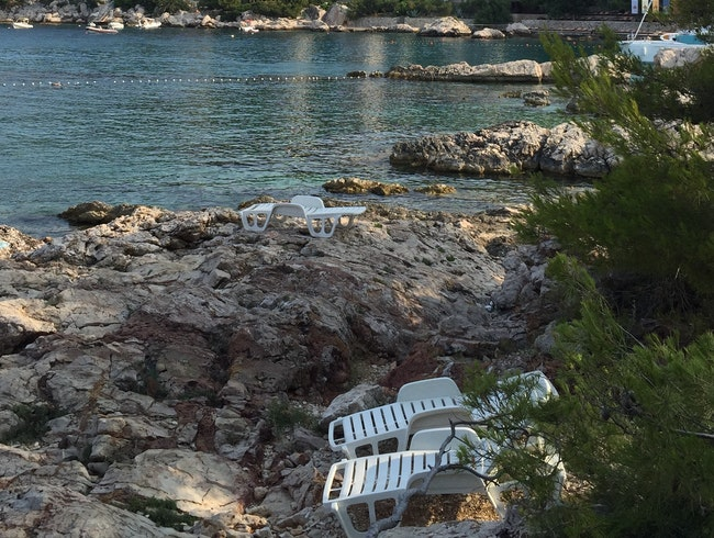 An island worth getting back to-HVAR