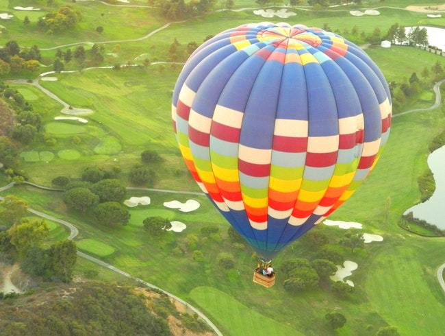 Float over San Diego on a balloon adventure!