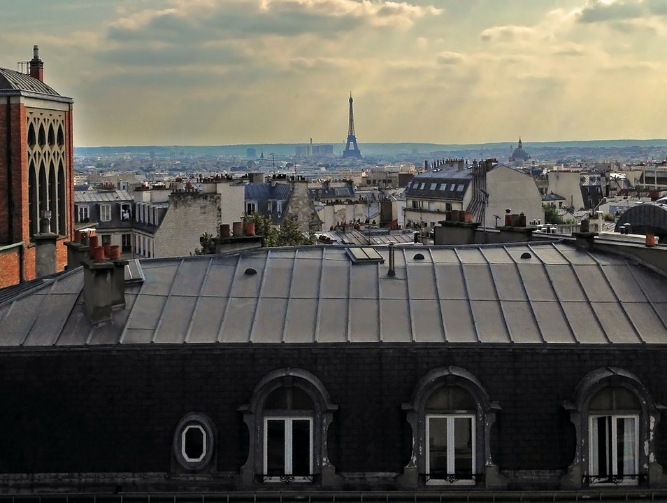 In Montmartre: not just a room-with-a-view, but a pillow-with-a-view