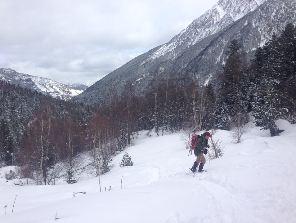 Snow-shoe in the Pyrenees