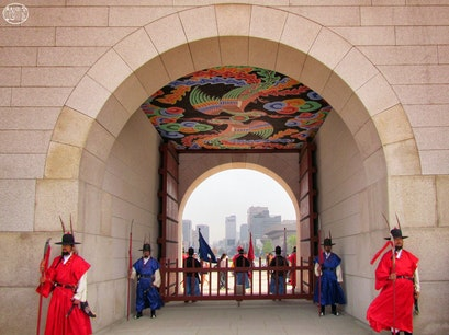 Gwanghwa-mun gate, Gyeongbok-gung Palace Seoul  South Korea