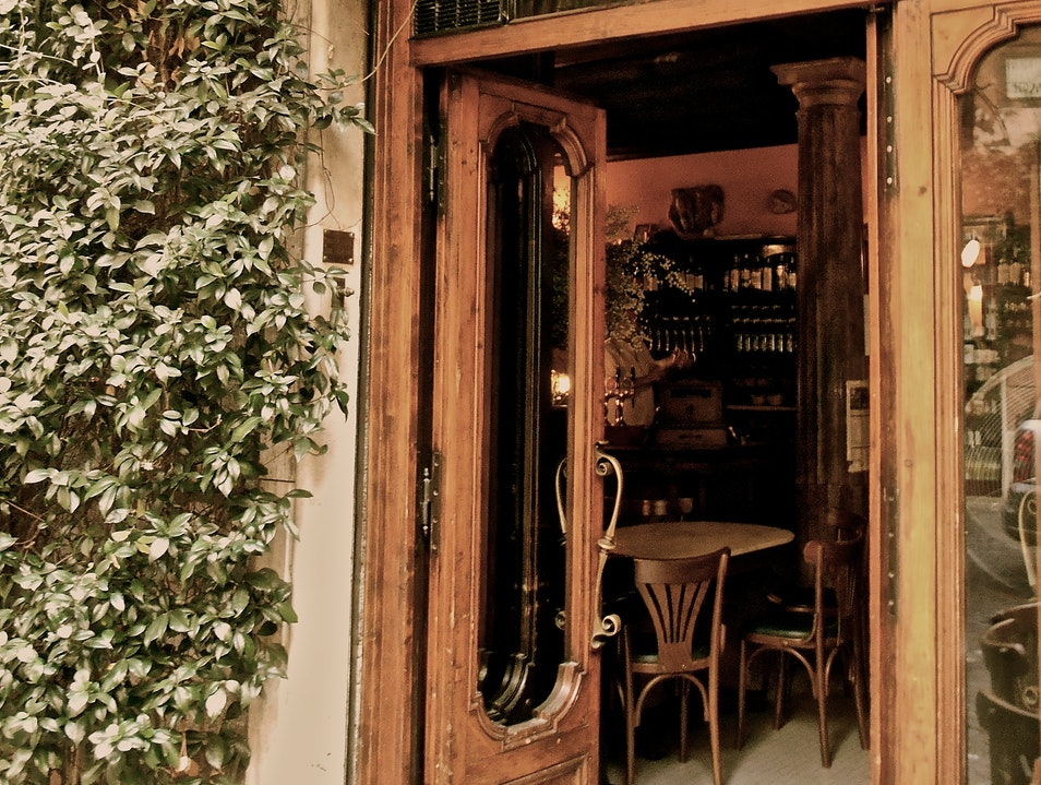Where to Cozy up Over a Cocktail  Rome  Italy