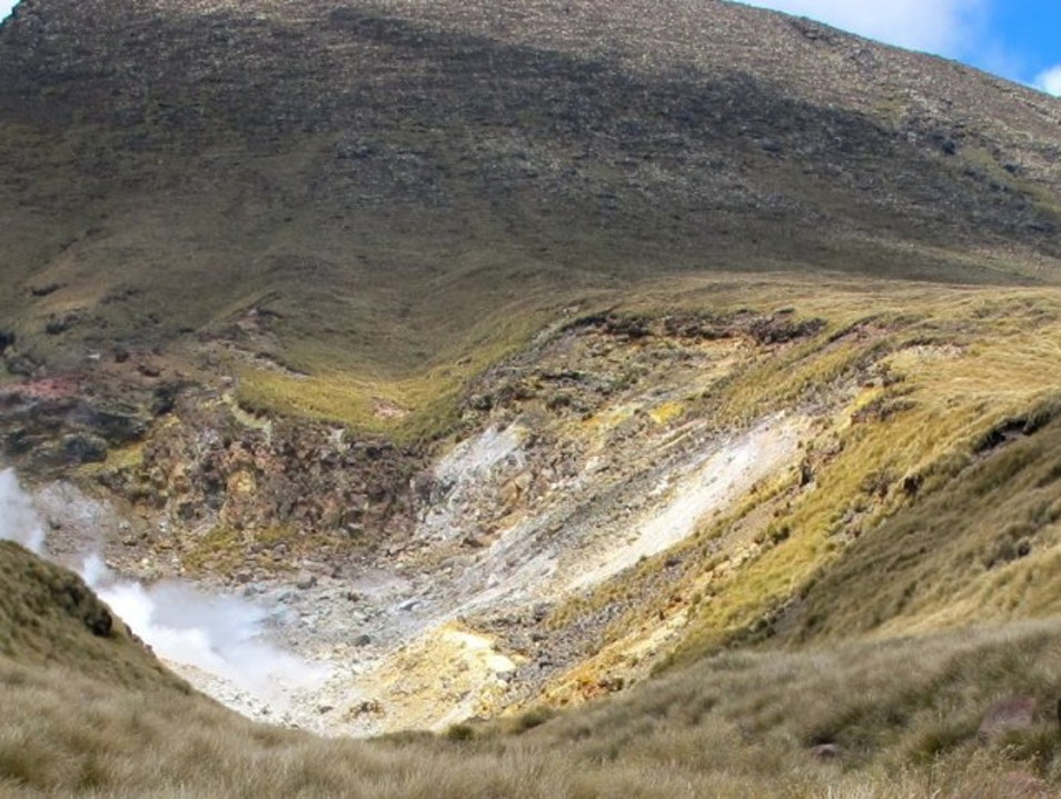 Tips for Trekking Tongariro in New Zealand Tongariro National Park  New Zealand