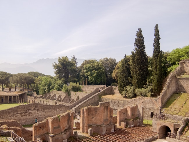 Wandering the ancient streets of Pompeii