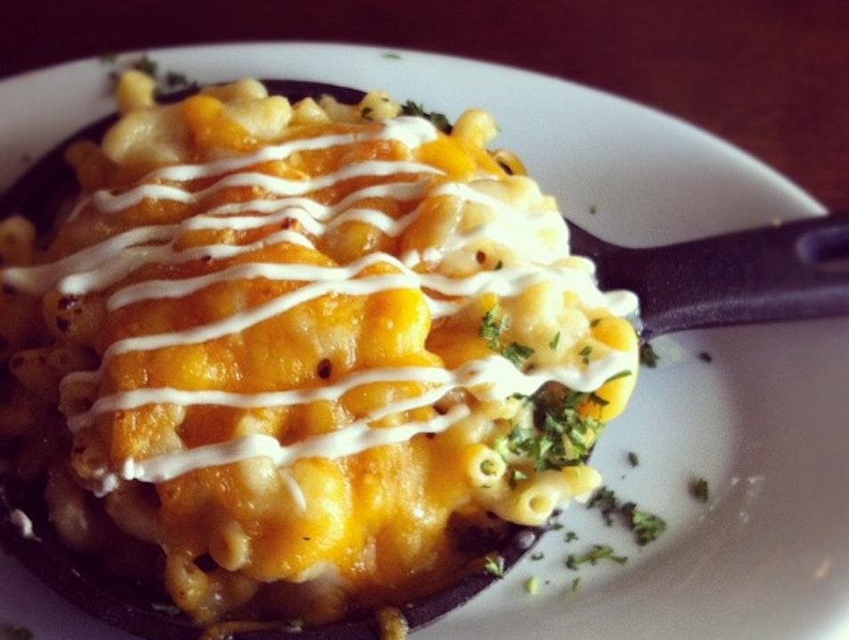Amazing Mac and Cheese in Highway 1