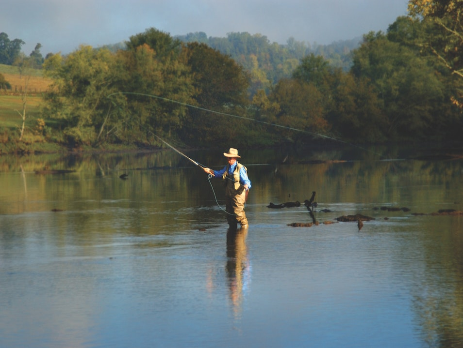 Fly-fishing Tennessee's Clinch River Kingston Tennessee United States
