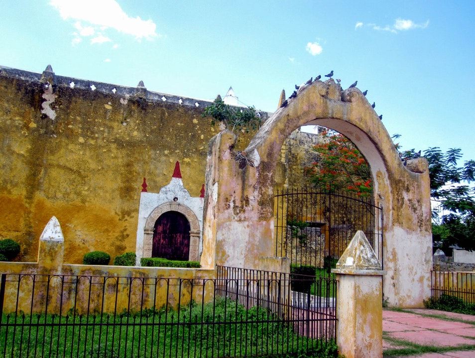Valladolid: Picturesque Pit-Stop en Route to Chichen Itza Valladolid  Mexico