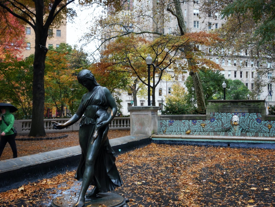 Enjoy elegant scenery in Rittenhouse Square Philadelphia Pennsylvania United States