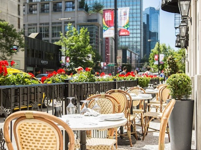 Boulevard Kitchen & Oyster Bar Vancouver  Canada