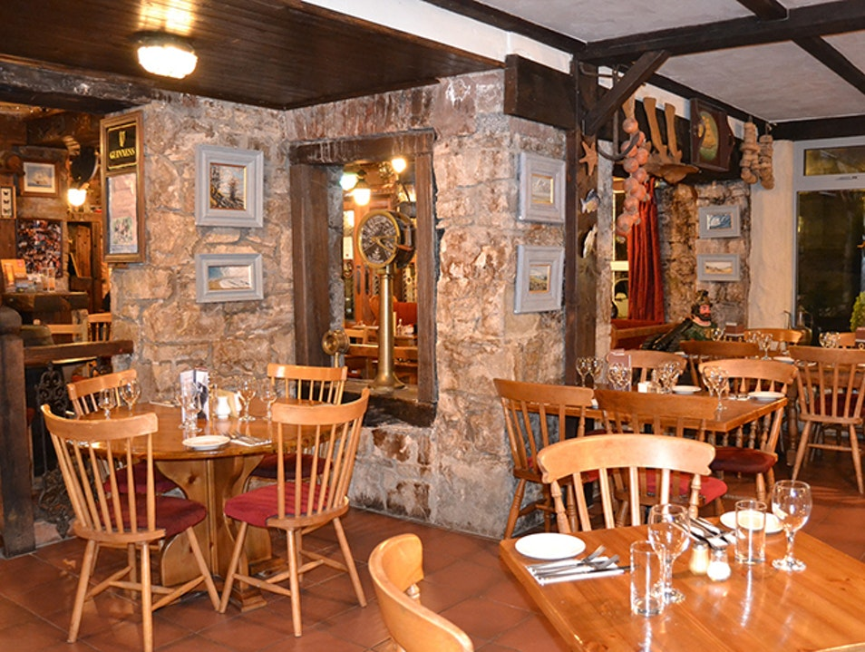 Smugglers Creek Inn Donegal  Ireland