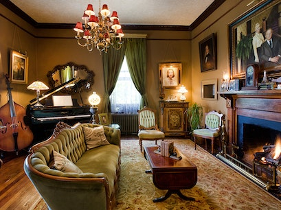 Reynolds Mansion Bed & Breakfast Inn Woodfin North Carolina United States