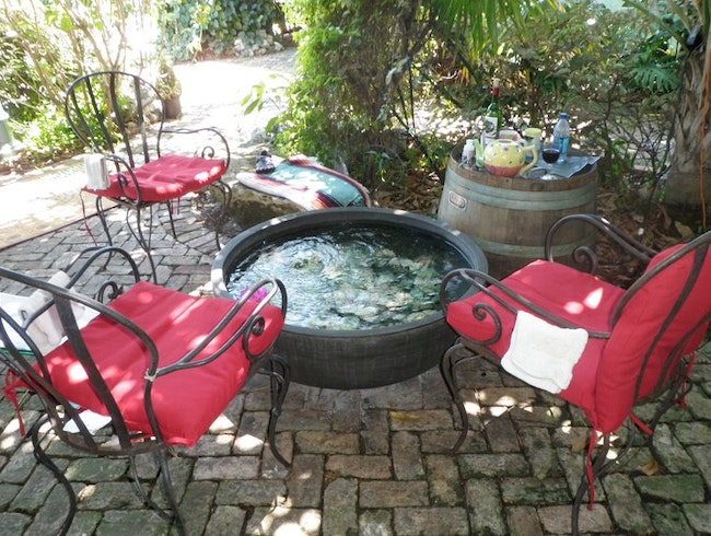 Tea & Toes: Garden Hydro-therapy~Japanese Style