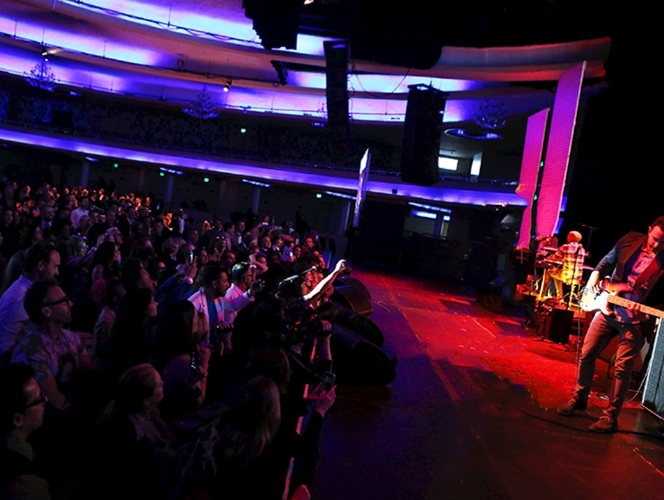 See the Hottest Acts in Music Right Now at the Hollywood Palladium Los Angeles California United States