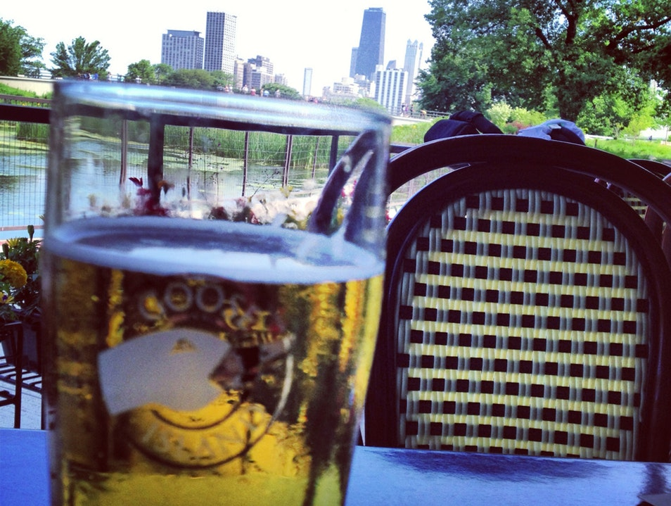 A Place To Linger In Chicago's Lincoln Park