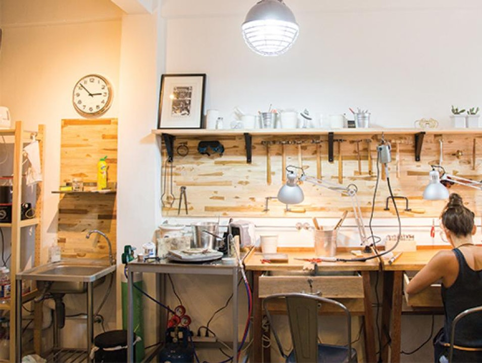 Learn How to Shine at Making Jewellery