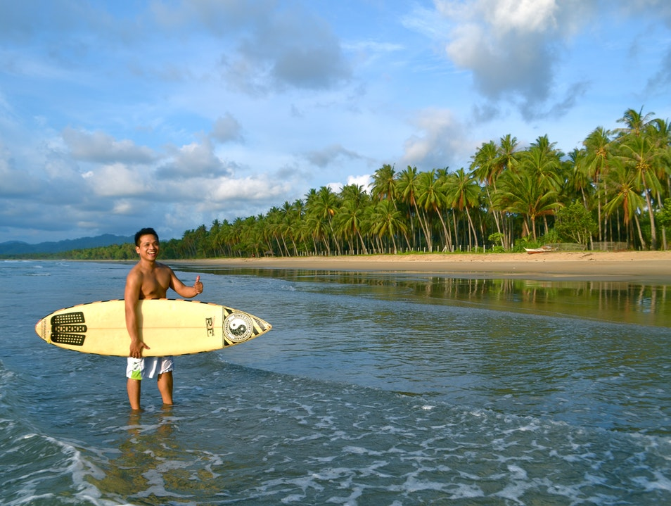 Having A 14-km Beach Almost All To Yourself San Vicente  Philippines