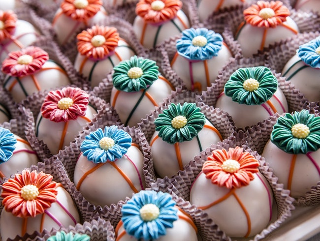 Cake Balls and Craft Cocktails