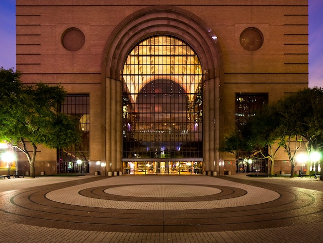 See a Ballet or Opera at the Wortham Center