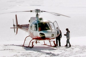 Helicopter Landing on Yanert Glacier in Denali