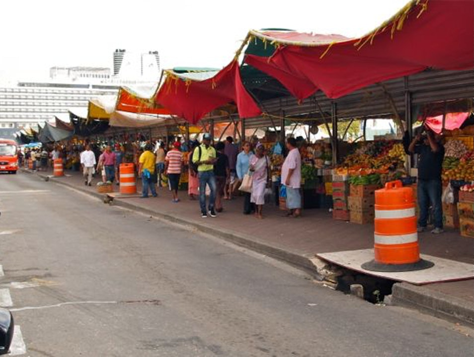 Lose yourself in the Fading, but Fabulous Floating Market Willemstad  Curaçao