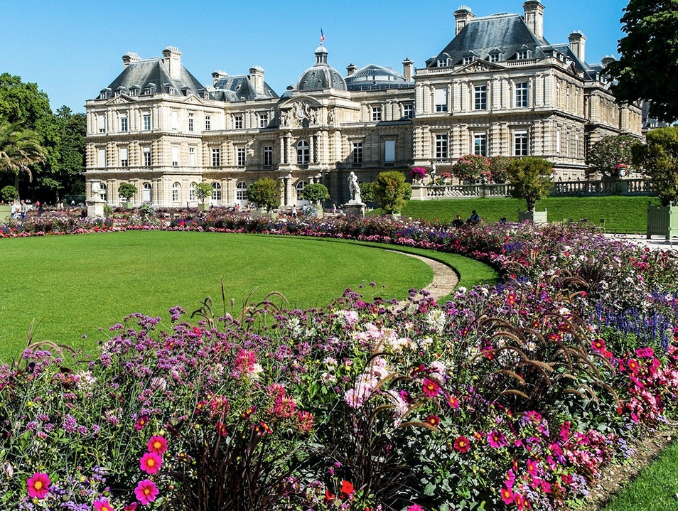 Jardin du luxembourg paris france afar for Jardin luxemburgo