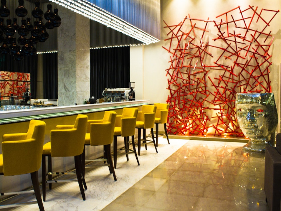 Try a cocktail at one of Nairobi's swankiest bars: Zing