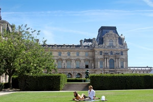 A Guide to Summer in Paris