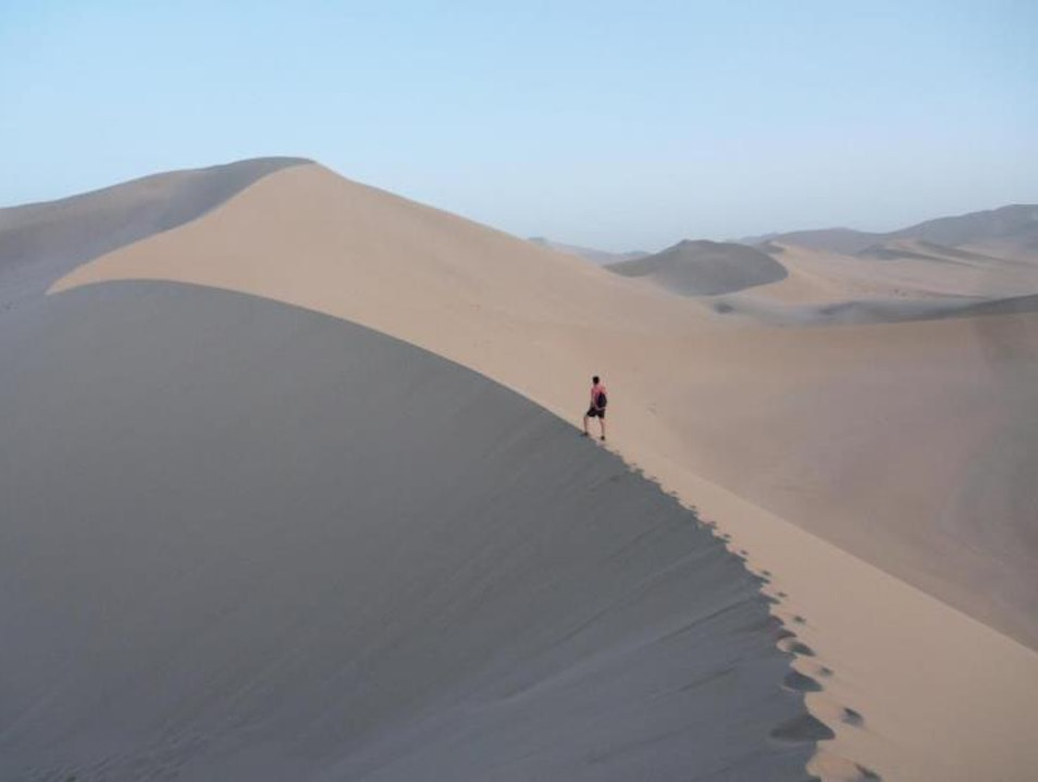 The Dunes Less Travelled in Dunhuang