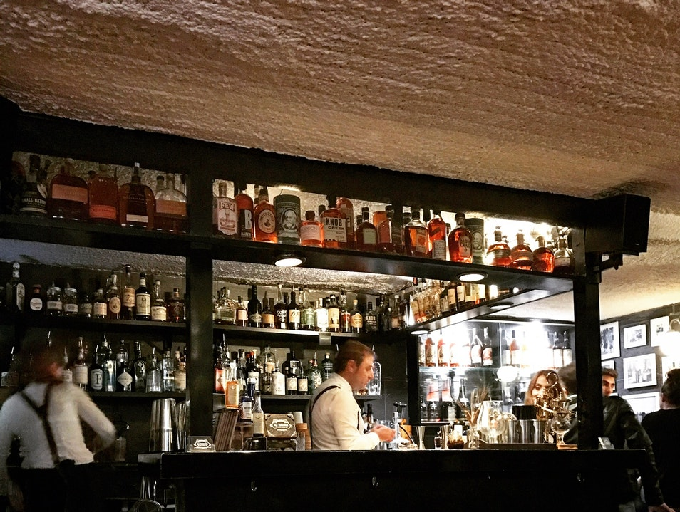 Old Fashioned Gin Tonic & Cocktail Bar Barcelona  Spain