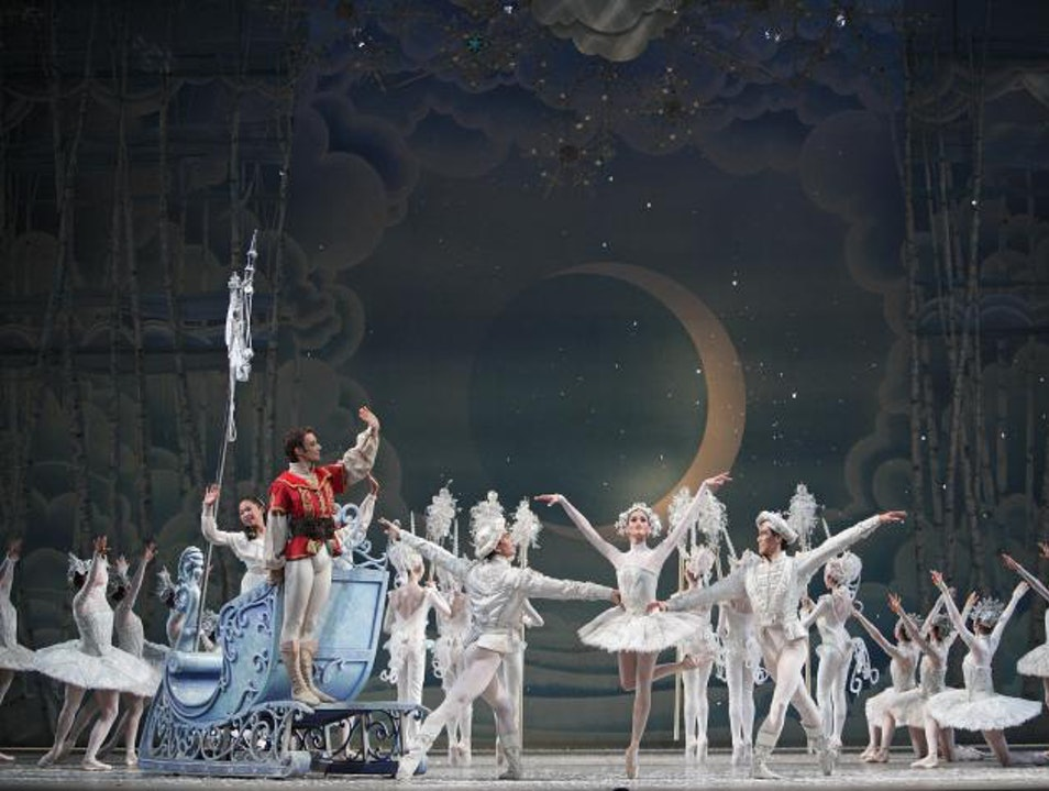 A Toronto Holiday Treat: The National Ballet's Nutcracker Performance Toronto  Canada