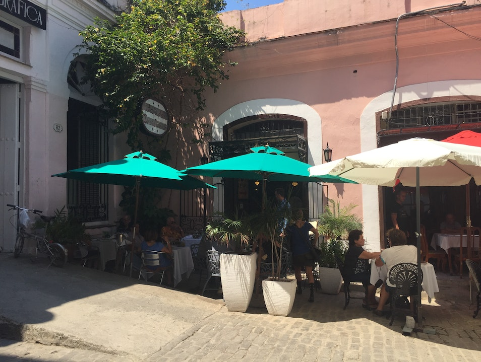 Lunch at Doña Eutimia in Havana