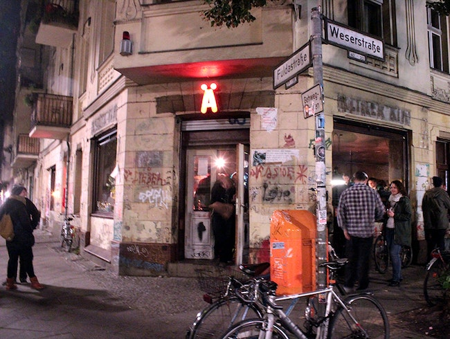 Brooklyn in Berlin: Weserstrasse's Coolest Bar