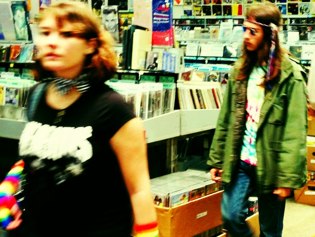 People watch in Amoeba