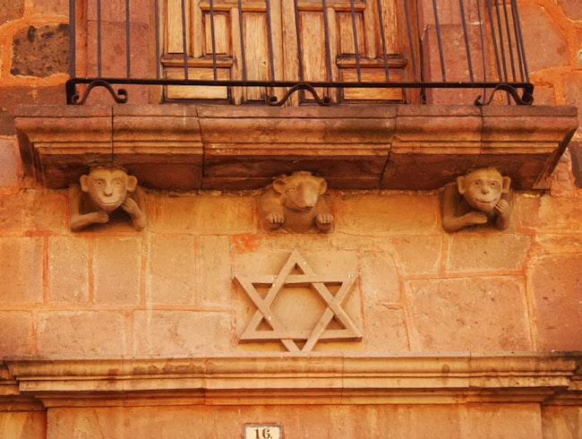 Noah's Arc - Jewish Whimsey in Catholic Mexico
