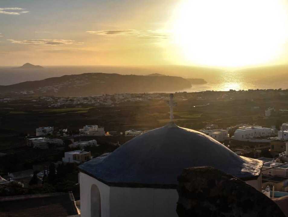A Quieter and Just as Beautiful Alternative to Oia Pyrgos Kallistis  Greece