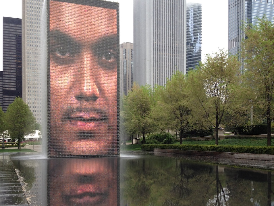 Facing a City  Chicago Illinois United States