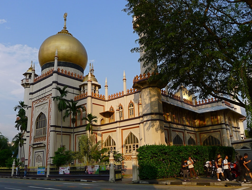 Discovering Singapore's Colorful Ethnic Enclaves