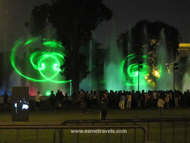 Wow! El Circuito Magico Light and Water Show