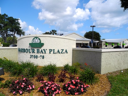 Harbour Bay Plaza Sewall's Point Florida United States