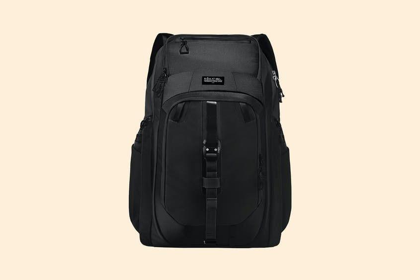 For adventure-loving weekend warriors, this carryall protects a laptop from wet gear.