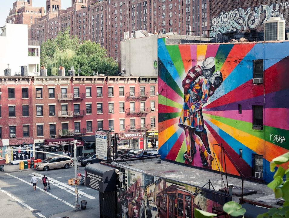 NYC's Distinctive Graffiti & Mural Art New York New York United States