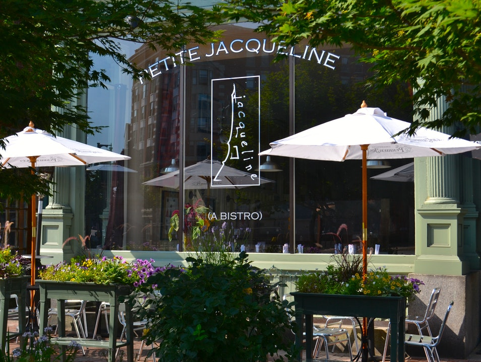 Bistro Dining in Portland's Arts District
