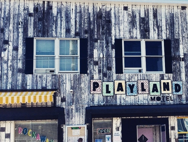 The Playland Motel - Brooklyn Style on A Beach in Queens