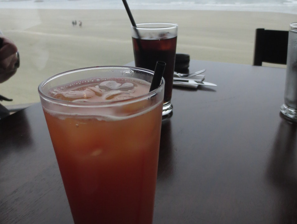 Shirley Temple a la Canadienne Ucluelet  Canada