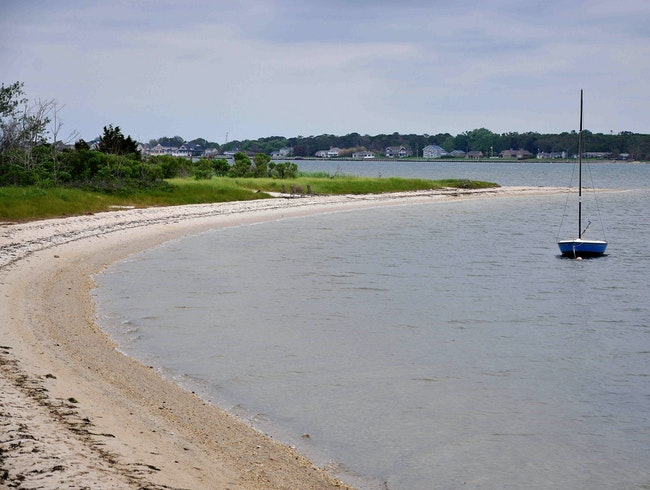 Where to find a quiet beach in the Hamptons